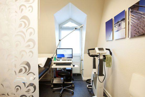 Belastungs-EKG Untersuchungsraum